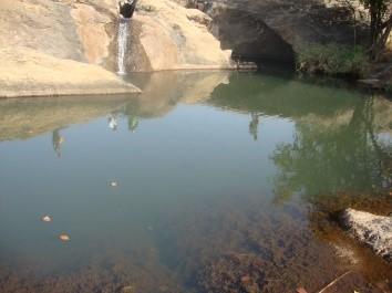 tatakoubetti_visite_piscine naturelle de Kounagnigou3